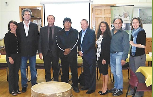From left:  Former Temagami First Nation Chief Roxane Ayotte, Architect Bret Cardinal, Timiskaming-Cochrane MPP John Vanthof, Temagami First Nation Chief Arnold Paul, Nipissing-Timiskaming MP Jay Aspin, FedNor Representative Denise Deschamps, Four Winds Consulting Project Manager Tom Laronde, AANDC Engineer Annie Campeau.