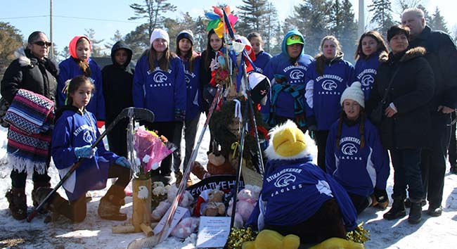 Atikameksheng Eagles attended the memorial service for their teammate, 13 year-old Ember Wynne, the three month-old baby and 71 year-old William Tuck who died in a fatal collision on March 19, 2015. Two others who were travelling in the van are in hospital.