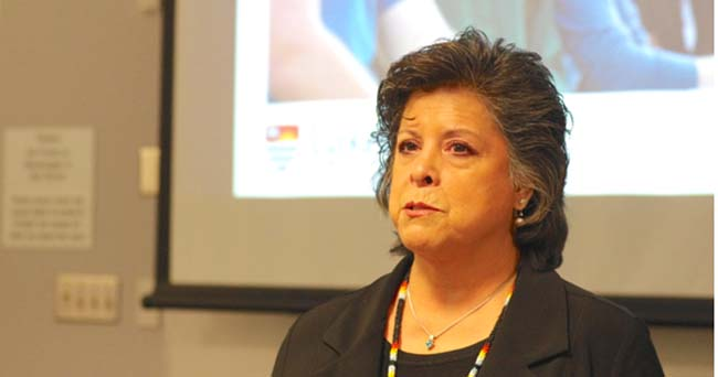 Lakehead University's Cynthia Wesley-Esquimaux delivered an Indigenous Knowledge in the Curriculum presentation to faculty members and students on March 10 that provided information about delivering indigenous content to undergraduate students by 2017.