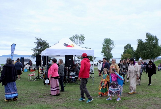 Mini pow wow honours mothers and late FASD advocate